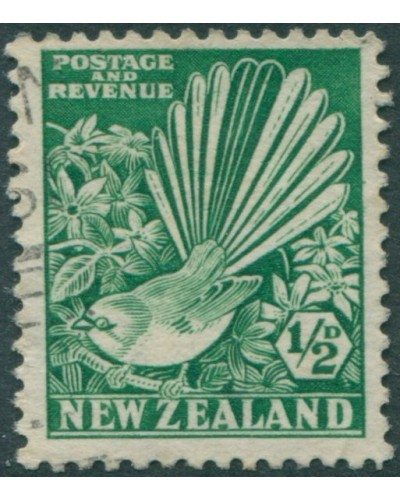 New Zealand 1935 SG556 ½d bright green Collered Grey Fantail FU