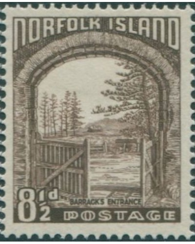 Norfolk Island 1953 SG16 8½d brown Barracks Entrance MNH